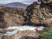 Каякинг на реке Нэчвэк с Бэном Стукесберри, канадские горы Торгат