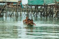 Морские цыгане: племя на Борнео, которое живет в собственном маленьком раю