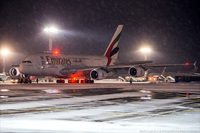 Как обслуживают самый большой самолет