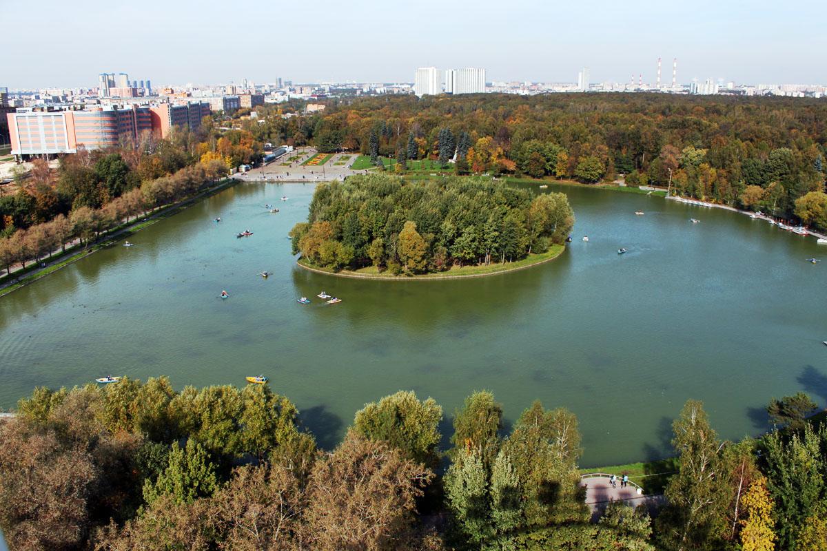 Вам непременно захочется сюда вернуться  самый красивый парк Москвы ... 10994175f76