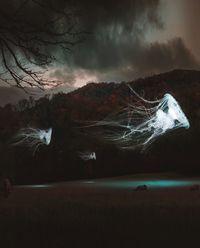 Художник из Турции соединяет фото пейзажей и рисунки. Кадры за пределами воображения!