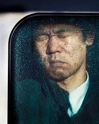 10 фото, демонстрирующих весь ужас токийского часа пик
