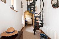 На продажу выставили самый маленький замок Англии. Он замечательный и цена приятная!