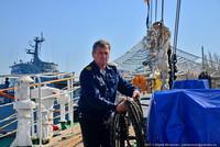 Второй случай за последние 100 лет: в Севастополь зашел парусник под всеми парусами