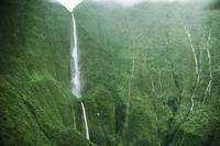 Водопад Хонокохау — доисторические пейзажи эпохи динозавров, существующие поныне