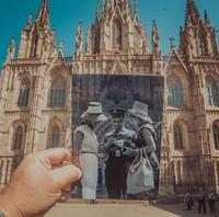 Житель Баку впустил прошлое в настоящее, совместив старые фото с современными видами