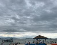 Пасмурное небо на Хайнане в сентябре