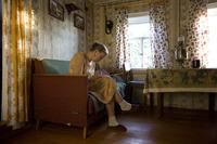 Фотопроект о жизни двух старушек в русской глубинке, прославивший фотографа из США