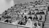 Психология личности: насколько сильно мы зависим от мнения окружающих