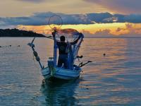 Закат на пляже Ламай