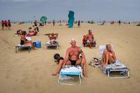 Голландский фотограф показывает беззаботную жизнь в благополучной Голландии
