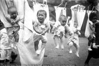 О чем не стоит знать соцработникам: суровая жизнь детишек прошлого