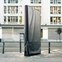 Красноречивые фото о том, как реклама уродует города и вторгается в нашу жизнь