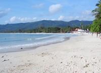 Пляжи чистые, ухоженные, песчаные и с хорошим заходом в море