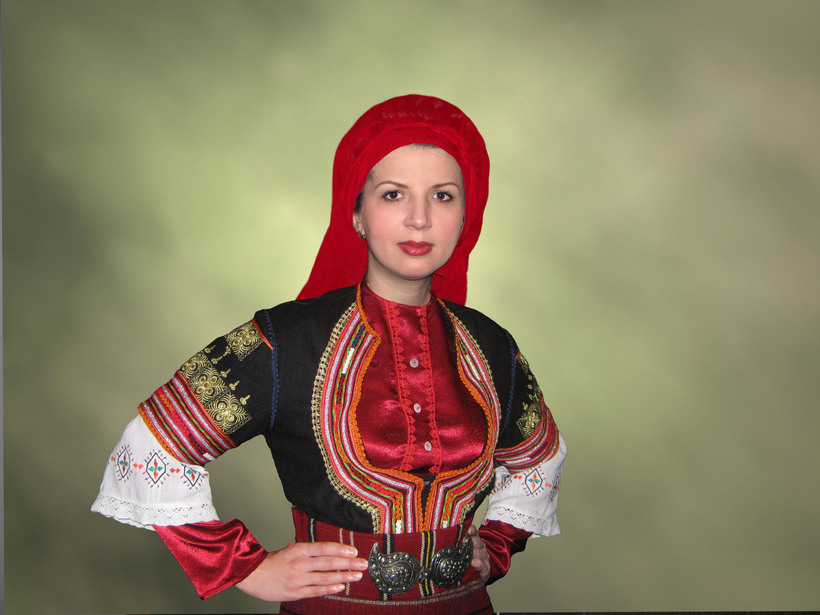 domashnie-foto-serbskih-devushek-seks-diki-chelovekom