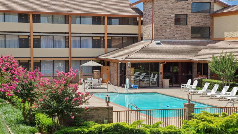 Best Western Plus Saddleback Inn and Conference Center