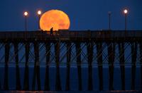 Фотографии Луны из разных городов