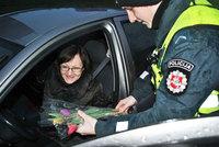 Только посмотри, что сделали литовские полицейские на 8 марта в этом году!