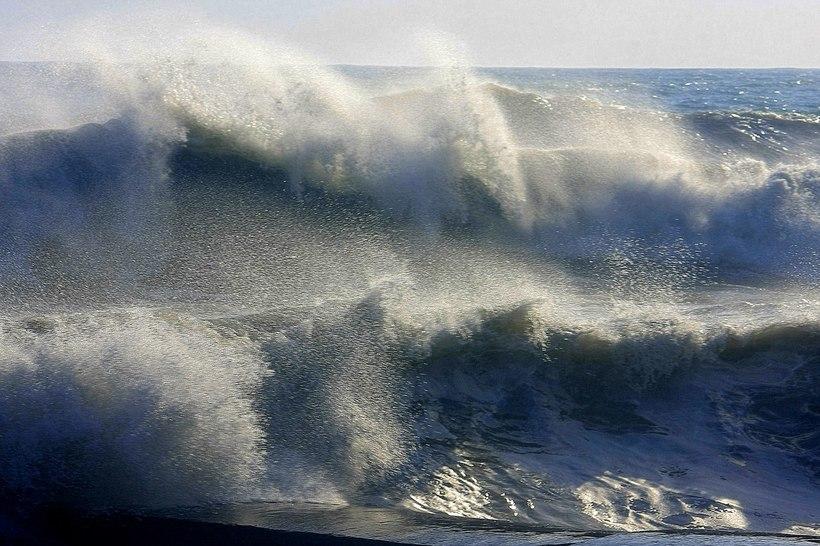 черное море шторм картинки некоторых девочек