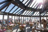 """Ресторан """"Панорама 2962"""" на вершине Цугшпитце."""
